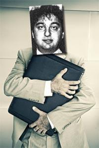 Net tightens around fraudster lawyer