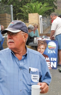 DA sits on Gordon's Bay cemetery report