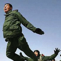 Chinese pilots buzz Karoo
